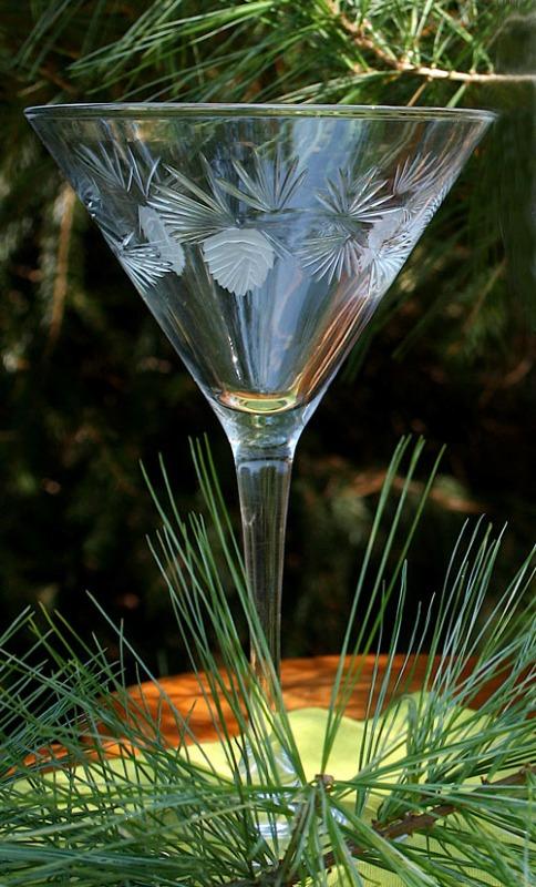 Rolf Icy Pine 10 oz. Martini Glass